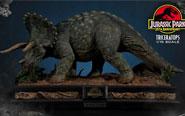 【トピックス】映画『ジュラシック・パーク』から、角が特徴的な草食恐竜「トリケラトプス」が登場!