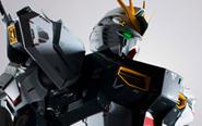 【トピックス】全高約370mmの超精密完成品モデル「METAL STRUCTURE 解体匠機 RXー93 νガンダム」が登場!