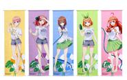 【トピックス】TVアニメ『五等分の花嫁∬』より、ほぼ等身大サイズのビッグタペストリー第4弾が発売決定!